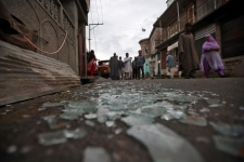 >Several injured in Kashmir in clashes with Indian police