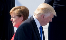 >Merkel weigert uitnodiging van Trump voor G7-top in Washington